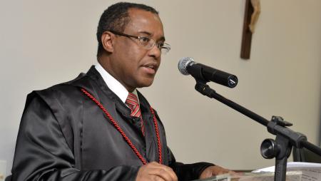 Procurador-geral enfatizou necessidade de autonomia, em discurso